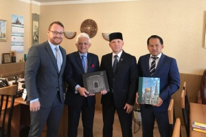 MATRADE representatives visit Moscow Cathedral Mosque